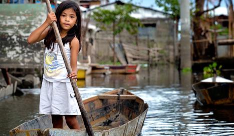 binan-philippines-boat
