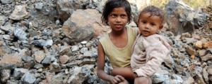 5641cce8b17ad83d3b17f150_750xNxchild-poverty-in-indian-slums.jpg.pagespeed.ic.GhWtdZuZmQ[1]